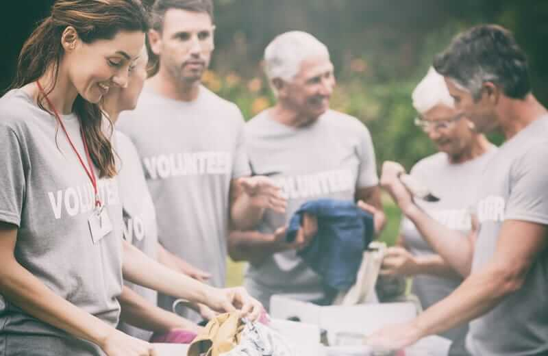 4 Ways Volunteering can Advance Your Career